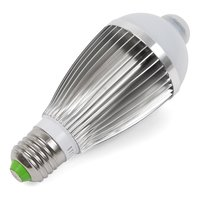 LED Light Bulb 7 W with IR Motion Sensor (cold white, 650 lm, E27)